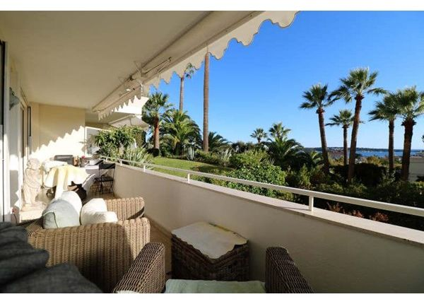 2 bed apartment for sale in 06400, Cannes, Fr