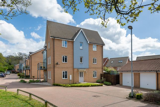 3 bed town house for sale in Willowcroft Way, Cringleford NR4