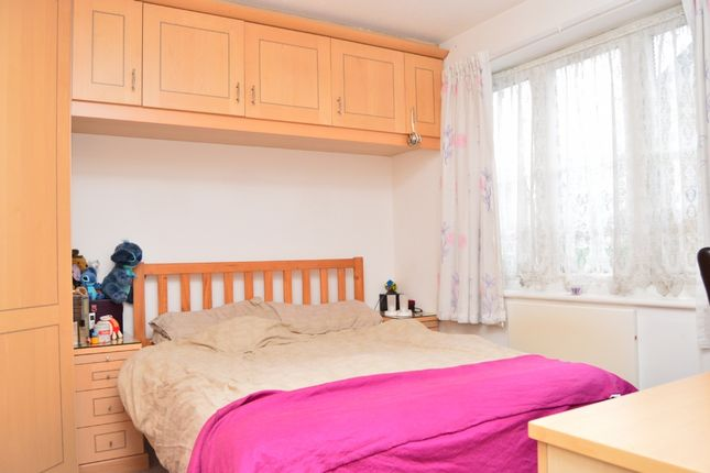 1 bed flat to rent in Jacobs Avenue, Harold Wood, Romford