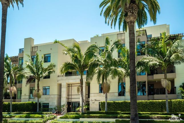 Town house for sale in 447 North Doheny Drive 402, Beverly Hills, Ca, 90210