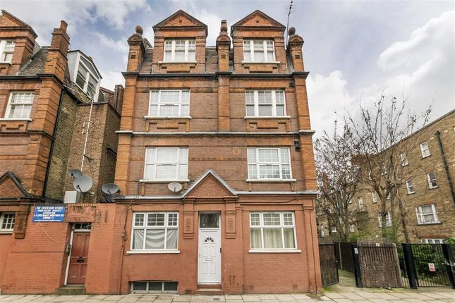 Thumbnail Flat for sale in Monthope Road, London