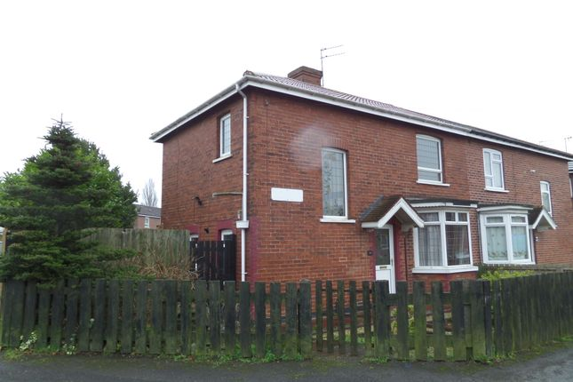 Thumbnail Semi-detached house to rent in Tomlinson Avenue, Scunthorpe