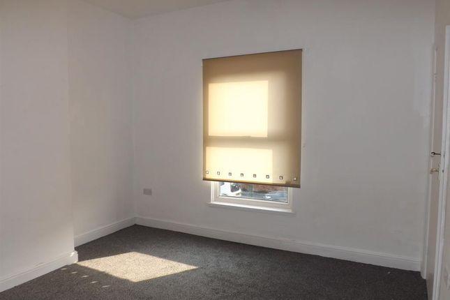 Bedroom 1 of Heneage Road, Grimsby DN32