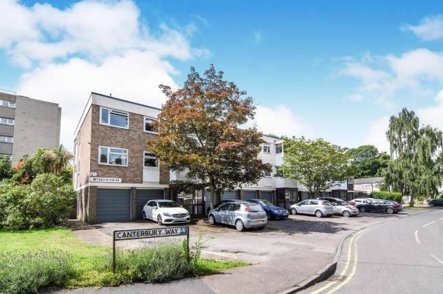 Thumbnail Flat for sale in Canterbury Way, Brentwood, Essex