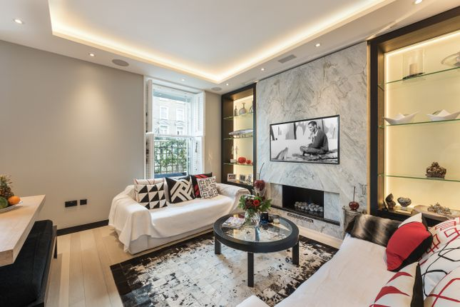 Thumbnail Flat to rent in Kings Road, Chelsea, London