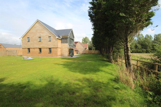 Thumbnail Semi-detached house for sale in Worth Lane, Little Horsted, Uckfield