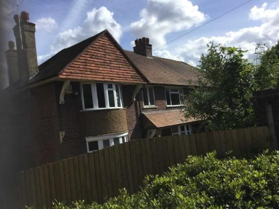 2 bed flat to rent in Plomer Hill, Downley, High Wycombe HP13