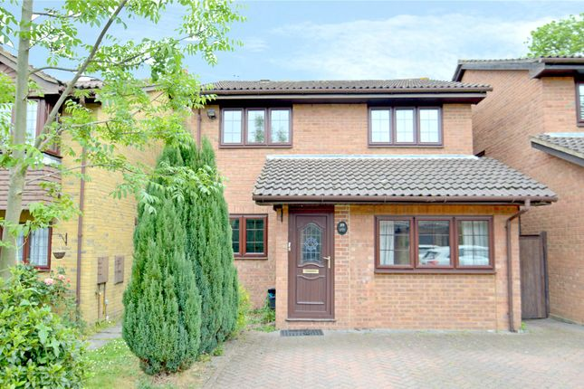Thumbnail Property for sale in Littlebrook Close, Croydon