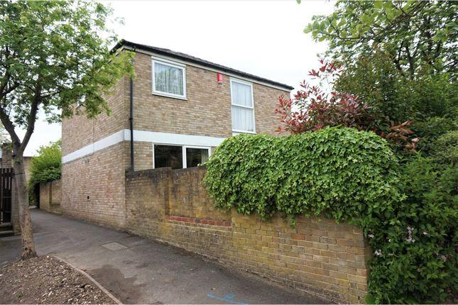 Thumbnail Detached house for sale in Viney Bank, Croydon