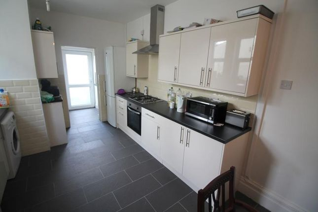Thumbnail Terraced house to rent in Llanishen Street, Heath, Cardiff