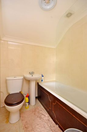 Thumbnail Flat to rent in Cairo Road, Walthamstow Village