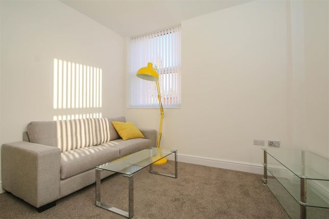 Thumbnail Flat to rent in Huntington House, Princess Street, Bolton