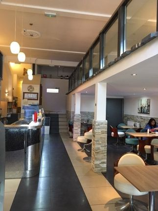 Thumbnail Restaurant/cafe for sale in The Broadway, High Street, Chesham