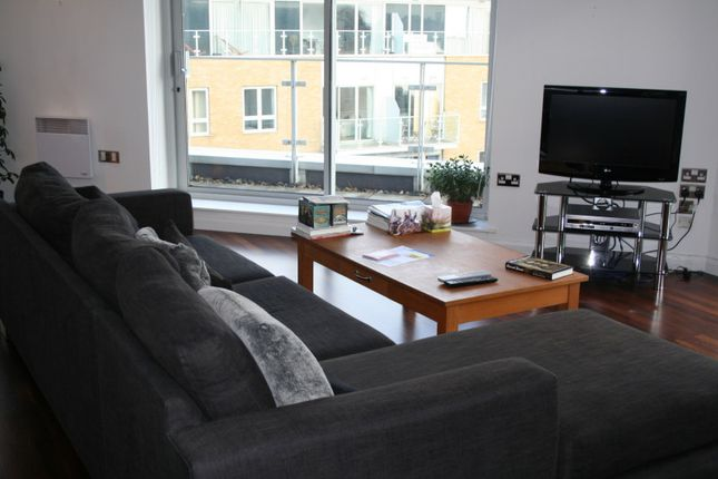 Thumbnail Flat to rent in Ionian Building, Canary Wharf
