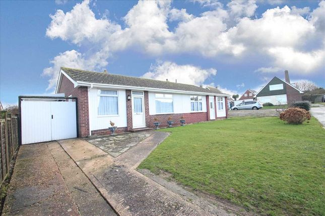 Main Picture of Pickers Way, Clacton-On-Sea CO15