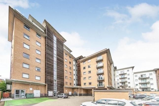 Thumbnail Penthouse for sale in Caelum Drive, Colchester