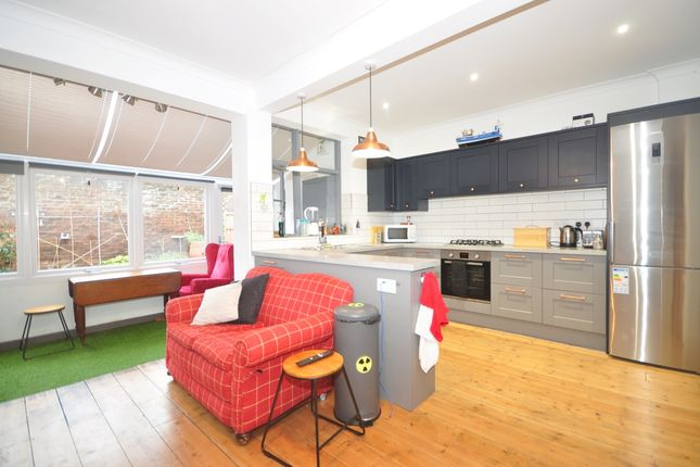 Thumbnail Terraced house to rent in Vernon Avenue, Southsea