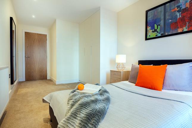 Thumbnail Flat to rent in 3 Langan House, 14 Keymer Place, London, 7Rb, London