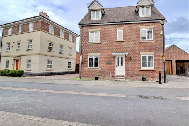 Thumbnail Detached house for sale in Tortworth Road, Swindon