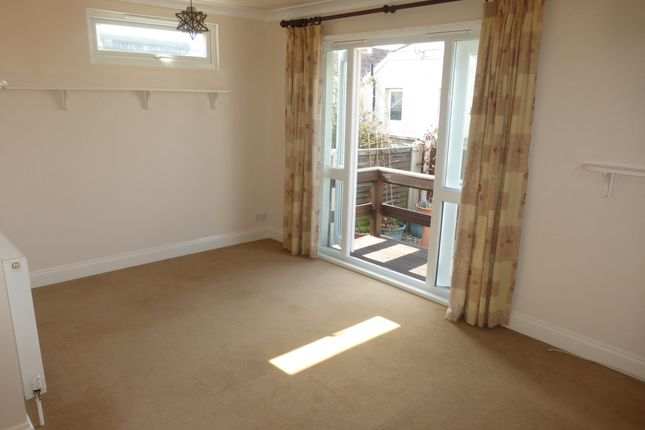 Thumbnail Bungalow to rent in Swift Avenue, Jaywick, Clacton-On-Sea