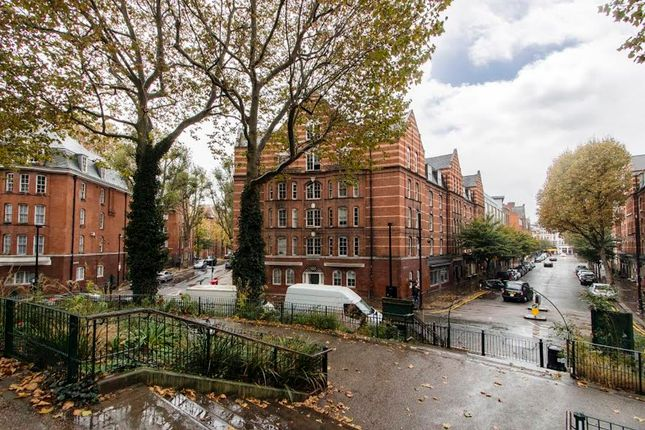 Thumbnail Flat for sale in Arnold Circus, Shoreditch