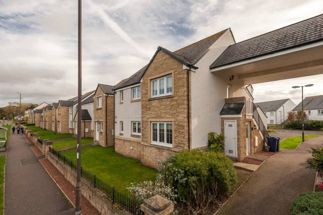 Thumbnail Flat for sale in 32 Lodeneia Park, Dalkeith