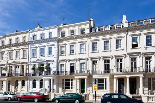 Thumbnail Flat for sale in Kensington Park Gardens, London