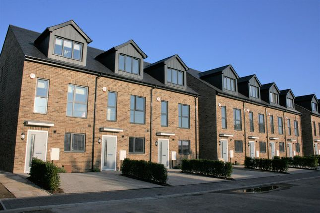 Thumbnail Terraced house to rent in Corbens Place, Artisan Quarter, Maidstone Kent