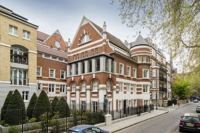 Thumbnail Flat for sale in Vincent Square, Westminster