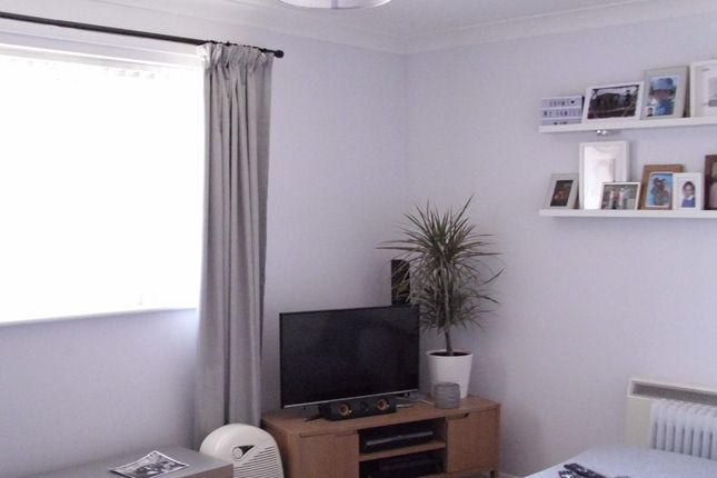 Thumbnail Flat for sale in Clover Drive, Poole