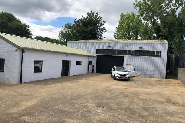 Thumbnail Warehouse to let in Winnall Valley Road, Winchester