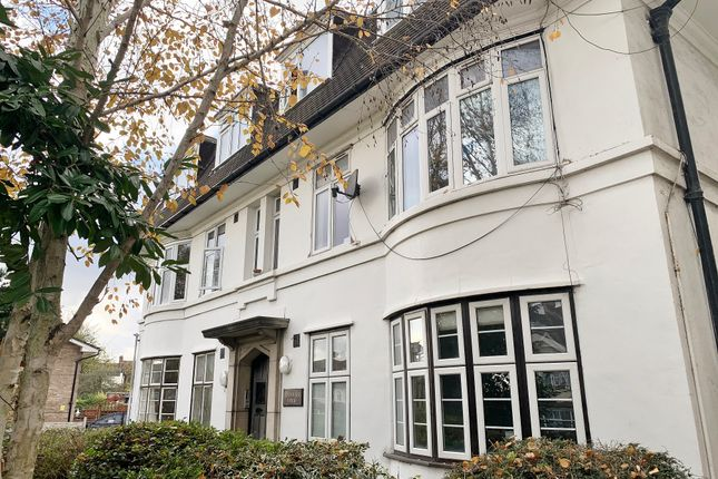 Lyndhurst Prior, Whitehorse Lane, London SE25