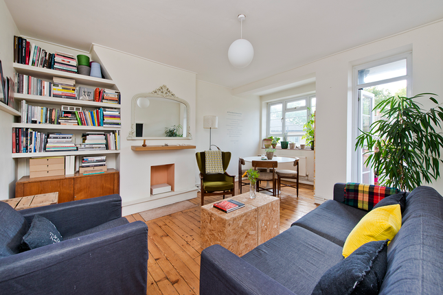 3 bed flat for sale in Gascoyne Street, Homerton