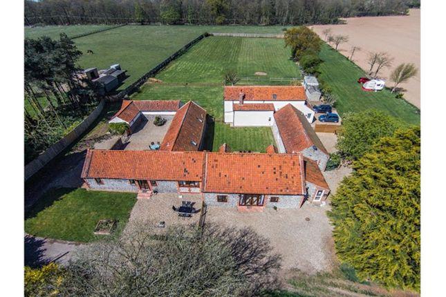 Thumbnail Barn conversion for sale in Felbrigg, Norwich