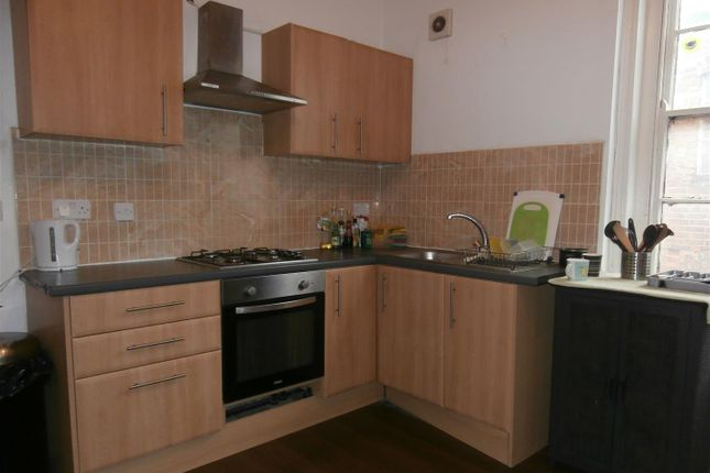 Thumbnail Flat to rent in Church Gate, Leicester