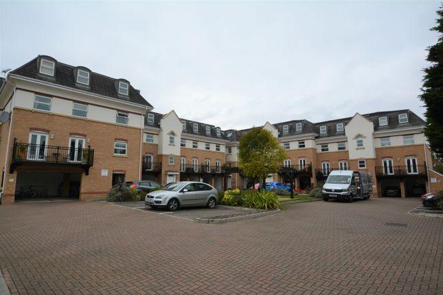 Thumbnail Flat to rent in Hipley Street, Old Woking, Woking