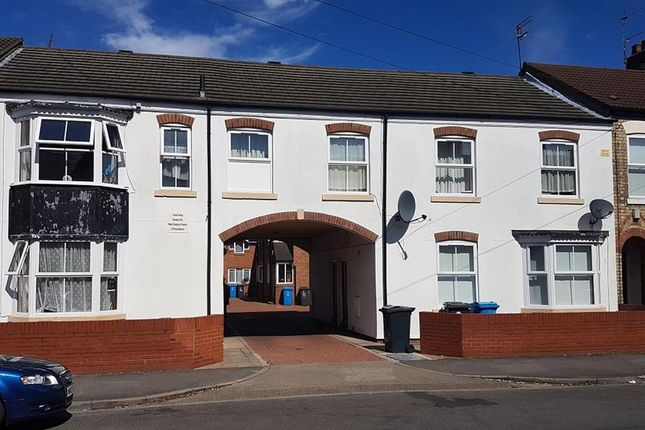 Thumbnail Commercial property for sale in Mayfair Court, 50-54 Lambert Street, Hull, East Yorkshire