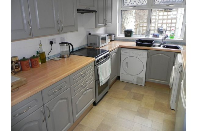 Kitchen of Thoresby Street, Hull HU5