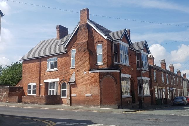 Thumbnail Semi-detached house to rent in Lime Street, Wolverhampton