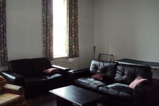 Thumbnail Flat to rent in Bellgrove Street, Dennistoun, Glasgow