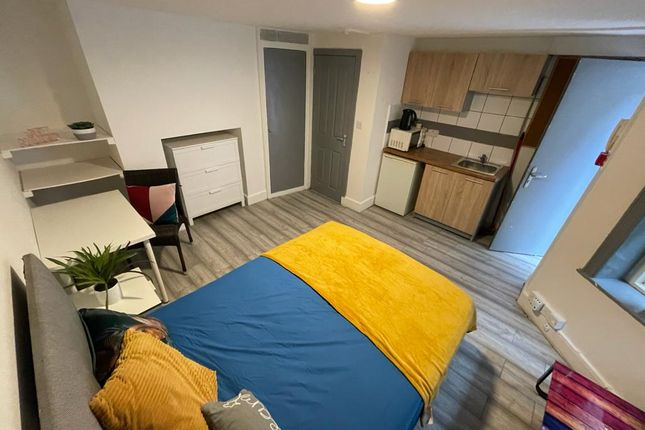 Thumbnail Flat for sale in Purbeck Road, Bournemouth