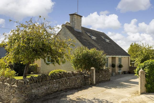 Thumbnail Detached bungalow for sale in Chadlington, Oxfordshire