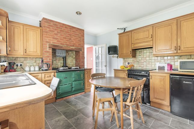 Kitchen of Northchapel, Petworth GU28