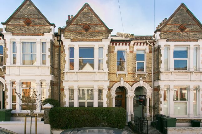 Thumbnail Terraced house for sale in Kingscourt Road, London