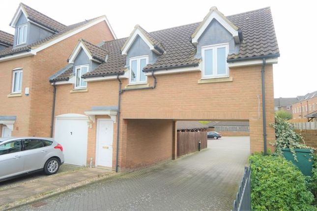 2 bed flat to rent in Daly Drive, Chislehurst, Bromley BR1