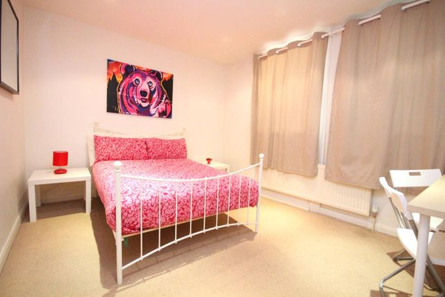 Thumbnail Duplex to rent in Deptford High Street, London