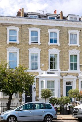 Thumbnail Terraced house for sale in Glebe Place, Chelsea, London