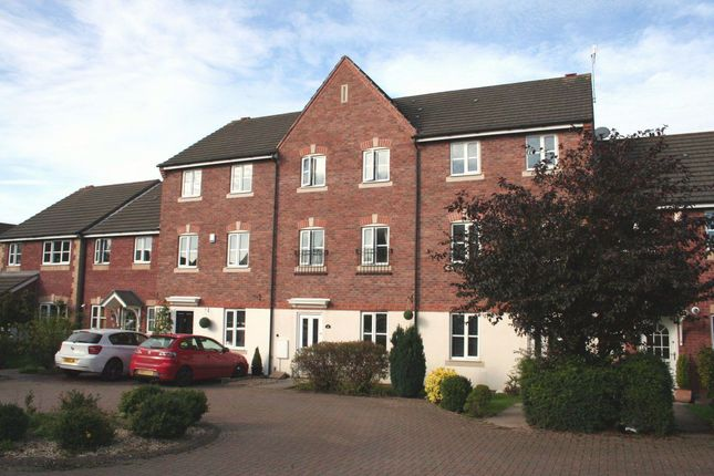 Thumbnail Property to rent in Astley Road, Bromsgrove, Worcestershire