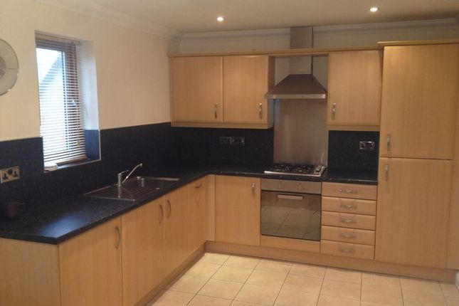 Thumbnail Flat to rent in Jermyn Croft, Dodworth, Barnsley