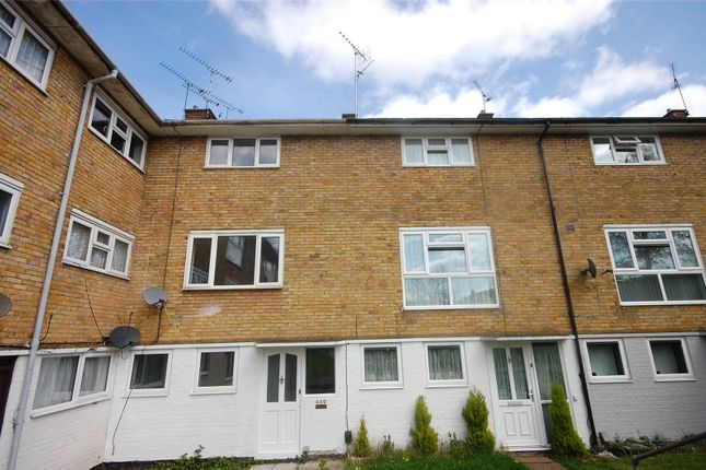 Thumbnail Property for sale in Long Riding, Basildon, Essex